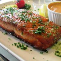 Lomo del salmón (salsa Tandoori), puré casera